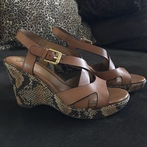 Sofft Wedges size 9